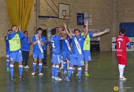 Jugadores del Quesos El Hidalgo celebrando una victoria. Foto de archivo (J.A. Romero)