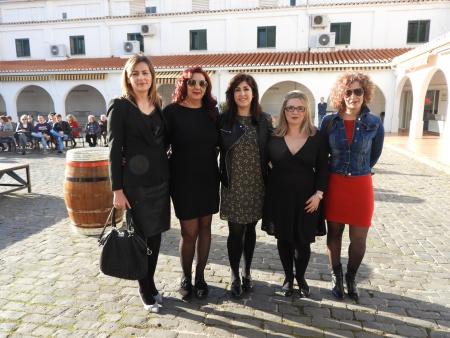 La moda y el vino se unieron en un desfile inspirado en la historia