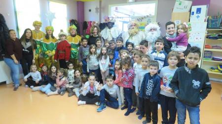 Visita de los Reyes Magos a la ludoteca municipal