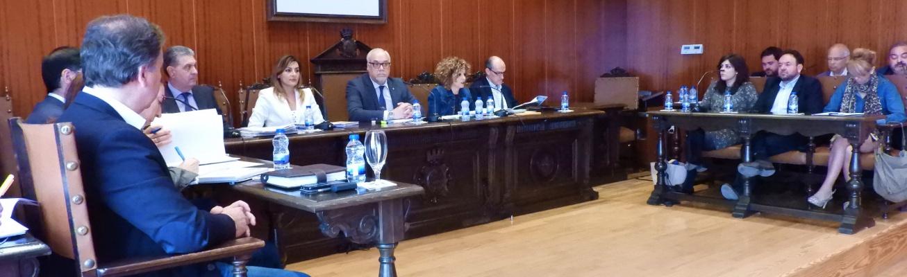 Sesión plenaria de abril en el Ayuntamiento de Manzanares