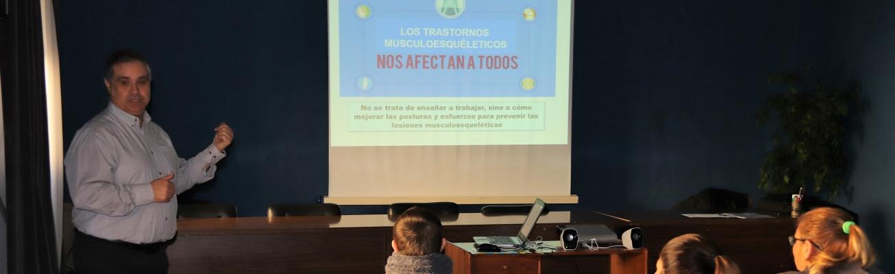 El Ayuntamiento forma al personal de bolsas y planes de empleo en prevención de accidentes laborales