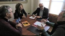 Reunión mantenida en el Ayuntamiento para la firma del convenio