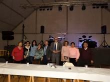 Autoridades junto a los miembros del Consejo de Mayores