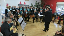 Actuación de la rondalla y coro del Centro de Mayores