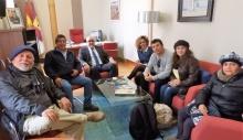 Recepción a los manzanareños colombianos en el despacho de alcaldía