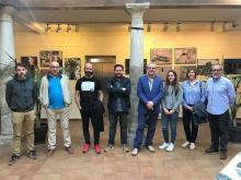 Inauguración de la exposición de fin de curso de azulejería, fotografía y grabados