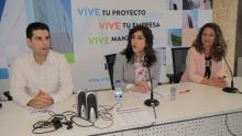 De la Fuente destacó la apuesta municipal por ayudar al tejido comercial y empresarial a mejorar su competitividad