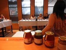 Cata de miel durante Fercam