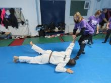 Taller de autodefensa femenina
