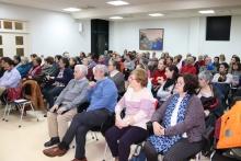 Mucho interés en la charla celebrada en la biblioteca municipal