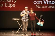 'Humor con vino' en Manzanares