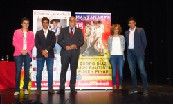 Esther Nieto, Rubén Pinar, Julián Nieva, Beatriz Labián y Manuel Amador