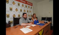 Pablo Camacho y Antonia de la Chica en el sorteo público de azafatas y azafatos de FERCAM