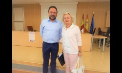 Juan López de Pablo, concejal de sanidad junto a la Teniente Fiscal de la Audiencia Provincial, Carmen Mendiola