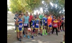 Componentes de la Escuela Municipal de Triatlón en la prueba de Villarta