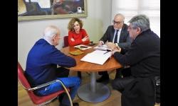 Reunión entre los representantes del Equipo de Gobierno y la revista Siembra