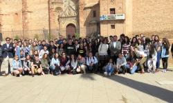 Foto conjunta de autoridades y alumnado danés y español