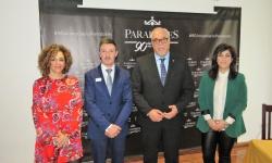 Pedro Carreño junto al alcalde y representantes del equipo de Gobierno