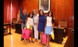 Lalti y Anna junto al representante de Hausa y a Quintanilla y Zúñiga