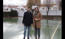 El Ayuntamiento arreglará la última de las pistas polideportiva