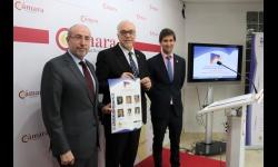 El alcalde presenta las jornadas junto a Mariano León y a Manuel José Palacios