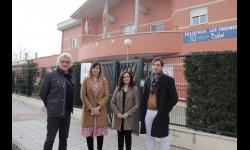 Primera visita del estudio de arquitectura que realizará la ampliación de 'Los jardines'