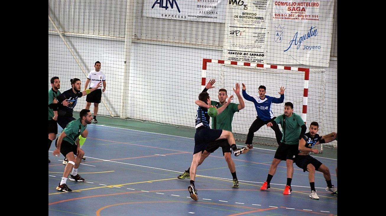 Jugada de ataque del Fercam ante el Lanzarote