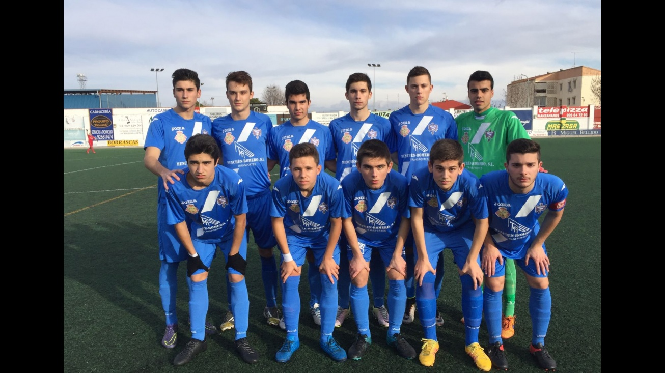 Manzanares CF Juvenil en el partido ante el Cristo de la Vega