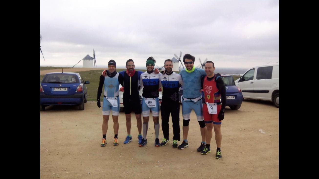Componentes del Club de Triatlón Manzanares en Campo de Criptana