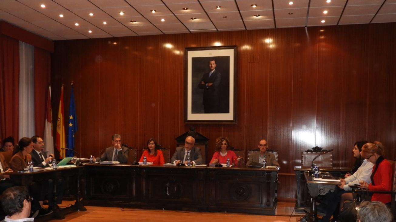 Pleno del Ayuntamiento de Manzanares correspondiente al mes de abril