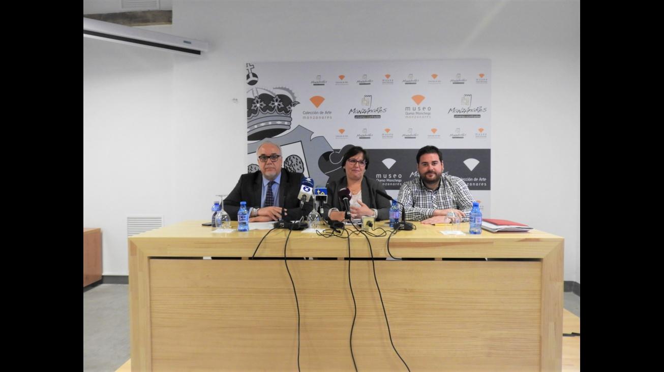 "Julián Nieva, Carmen Teresa Olmedo y Pablo Camacho. VI Jornadas ""Manzanares, Alma del Vino"""