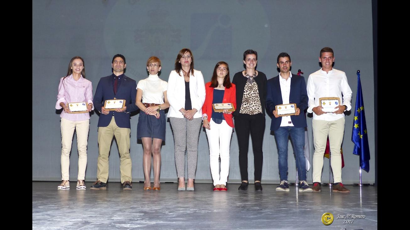 Ganadores de los reconocimientos oro en la Gala del Deporte. Foto: Manzanares en Imágenes