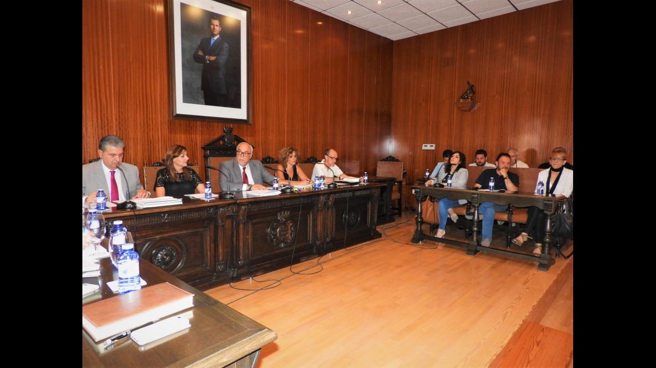 Sesión ordinaria de pleno en el Ayuntamiento de Manzanares correspondiente al mes de junio 2017