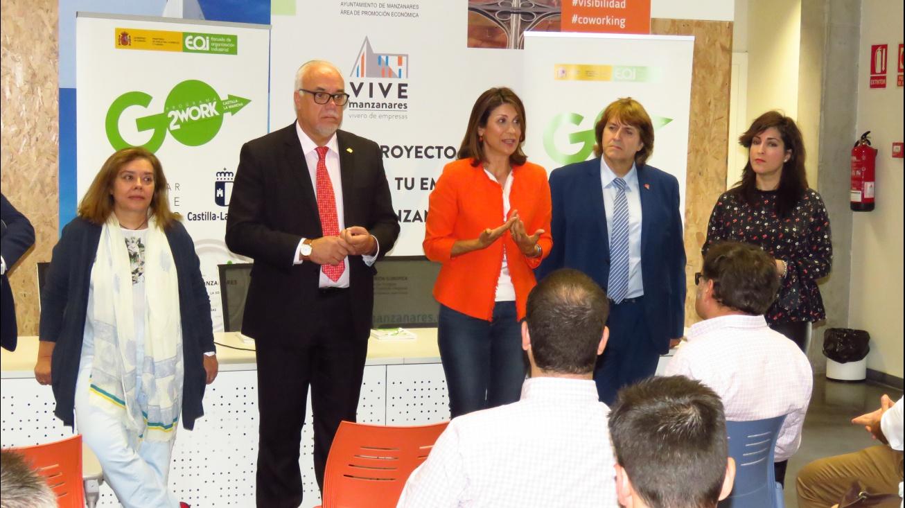 Elena Carrasco y Julián Nieva inauguraron el espacio coworking multisede de Manzanares