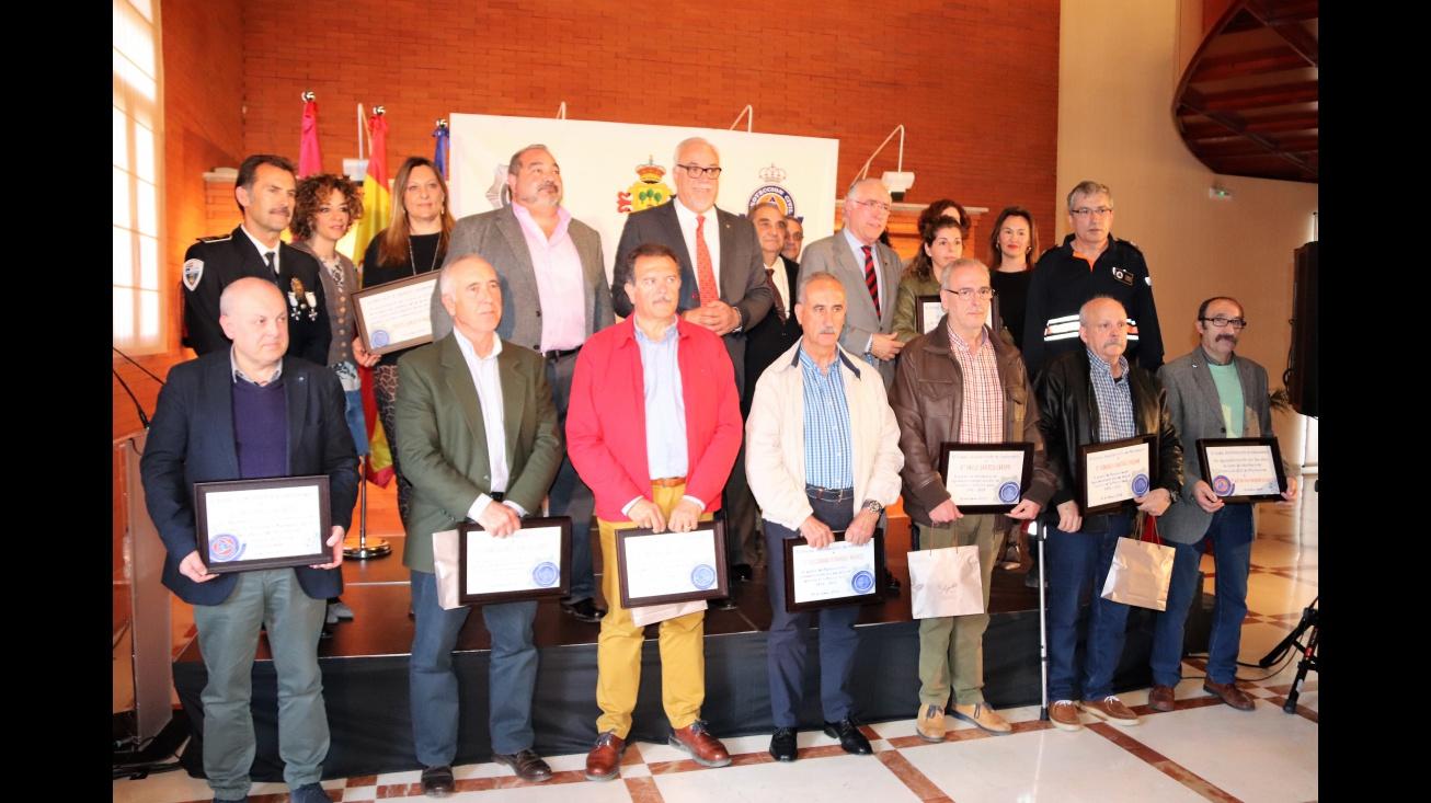 Foto conjunta con los homenajeados