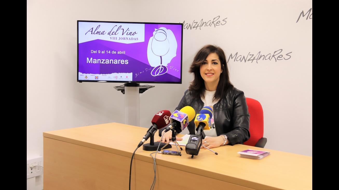 Gemma de la Fuente en la presentación de las jornadas