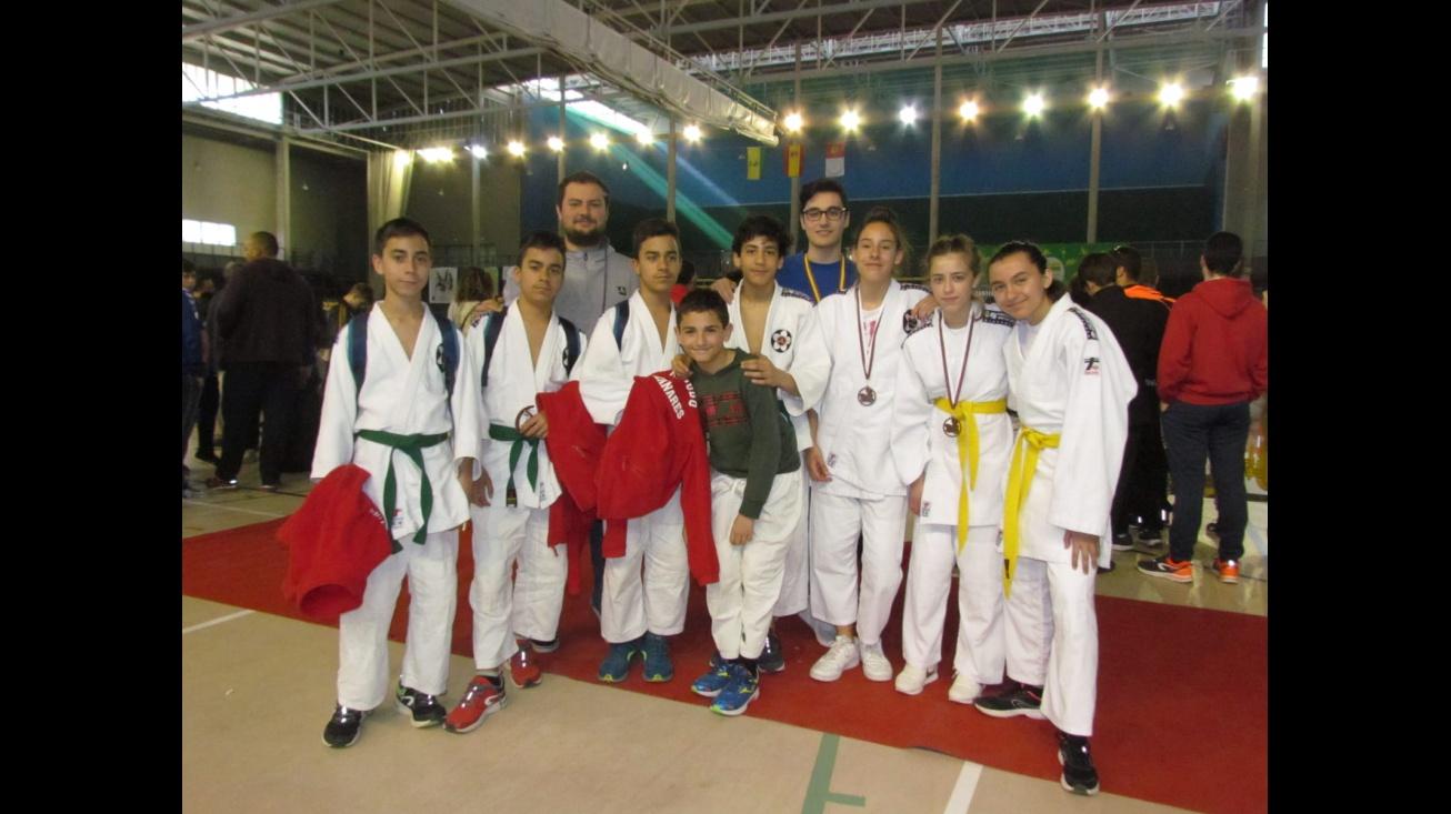 Competidores de la Escuela Municipal de Judo en Tomelloso