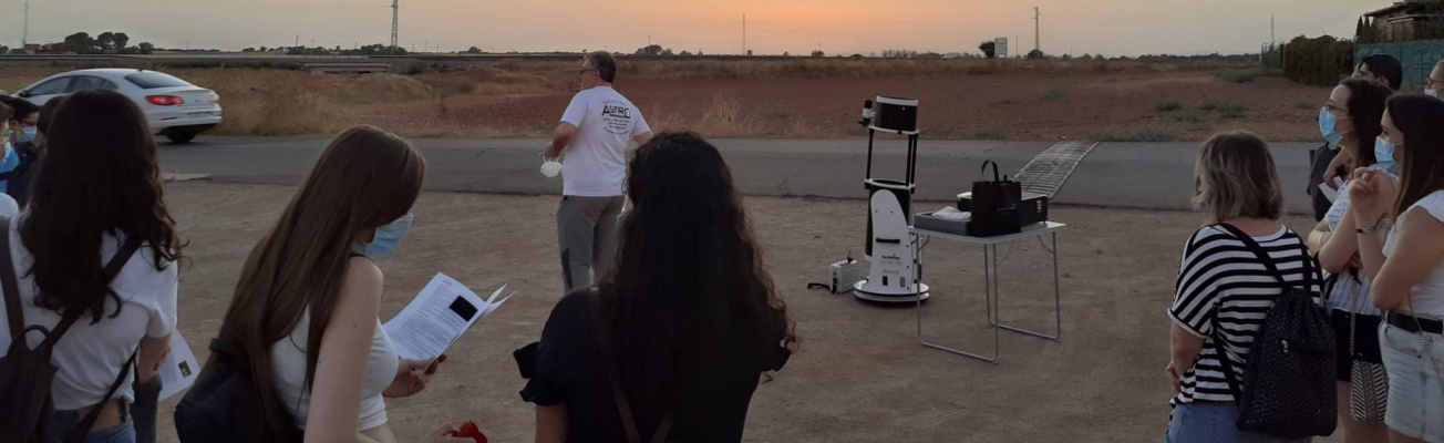 Momento de la velada astronómica